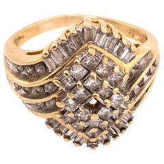 14 Karat Yellow Gold Ring with Diamond Cluster