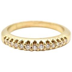 14 Karat Yellow Gold Round Brilliant 0.25 Carat Diamond Anniversary Band