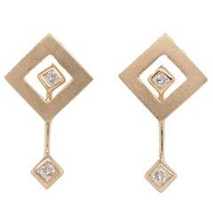 14 Karat Yellow Gold Round Cut Diamond Dangle Earrings