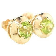 14 Karat Yellow Gold Round Peridot Stud Earrings