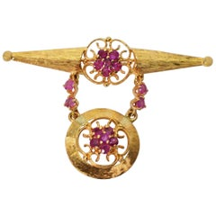 14 Karat Yellow Gold Ruby Art Deco Bar Pin Brooch