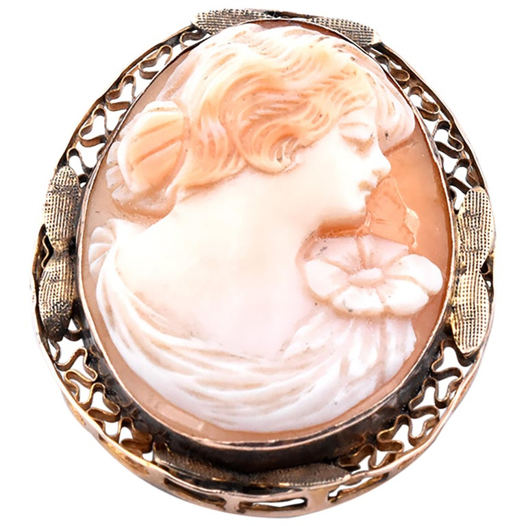 14 Karat Yellow Gold Small Vintage Cameo Pin For Sale