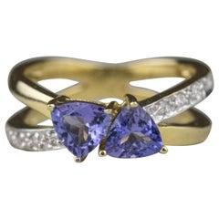 14 Karat Yellow Gold Tanzanite and Diamond Fashion Ring