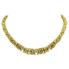 14 Karat Yellow Gold Tapered Byzantine Chain Necklace