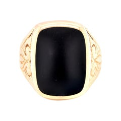 14 Karat Yellow Gold Vintage Black Onyx Signet Ring
