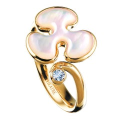 14 Karat Yellow Gold White Mother of Pearl and Diamond Cocktail Ring