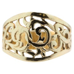 14 Karat Yellow Gold Wide Band Ring with Filigree Design, Estate Jewelry