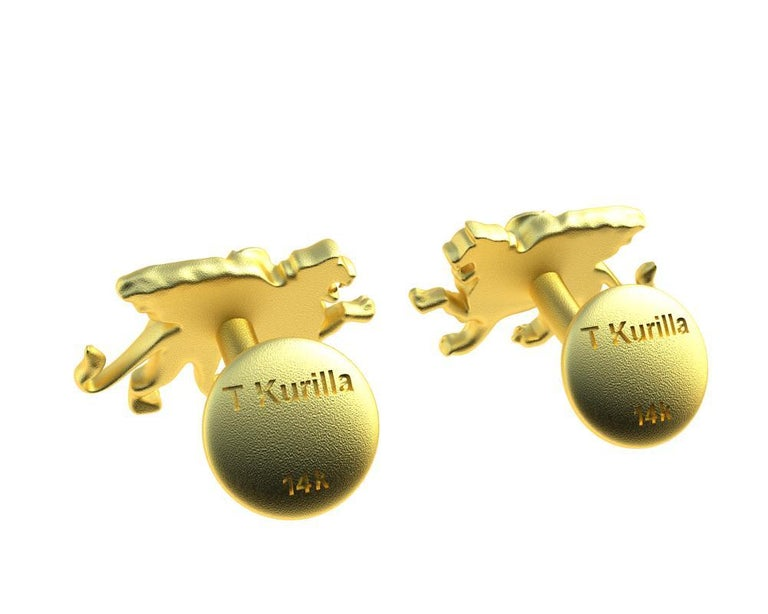 14 Karat Yellow Gold Winged Griffin Cufflinks For Sale 1