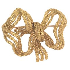 14K Yellow Gold Large Bow Brooch