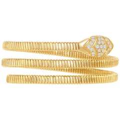 14 Karat Yellow Spiral Bangle
