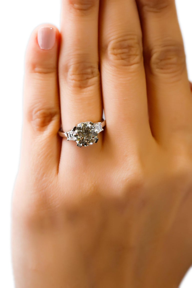 Round Cut 14 Karat White Gold 4 Carat Round Diamond Solitaire Engagement Ring by Natalie K For Sale
