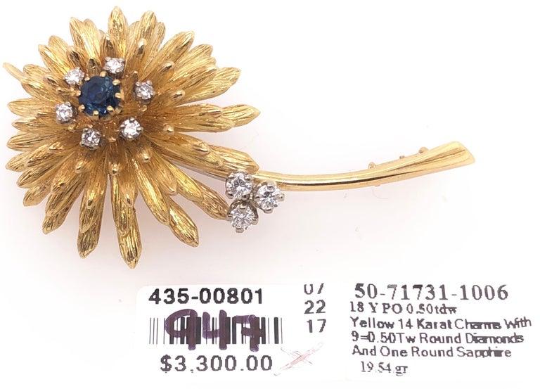 14 Karat Yellow Gold Brooch Pin Center Sapphire and Surrounding Diamonds For Sale 4