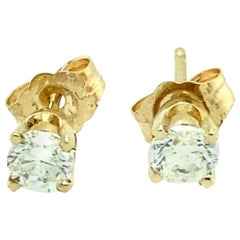 14 Yellow Gold Diamond Stud Earrings