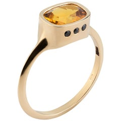 14-Yellow Gold Ring with 1.35 Carat Gold Beryl and 6 Diamonds