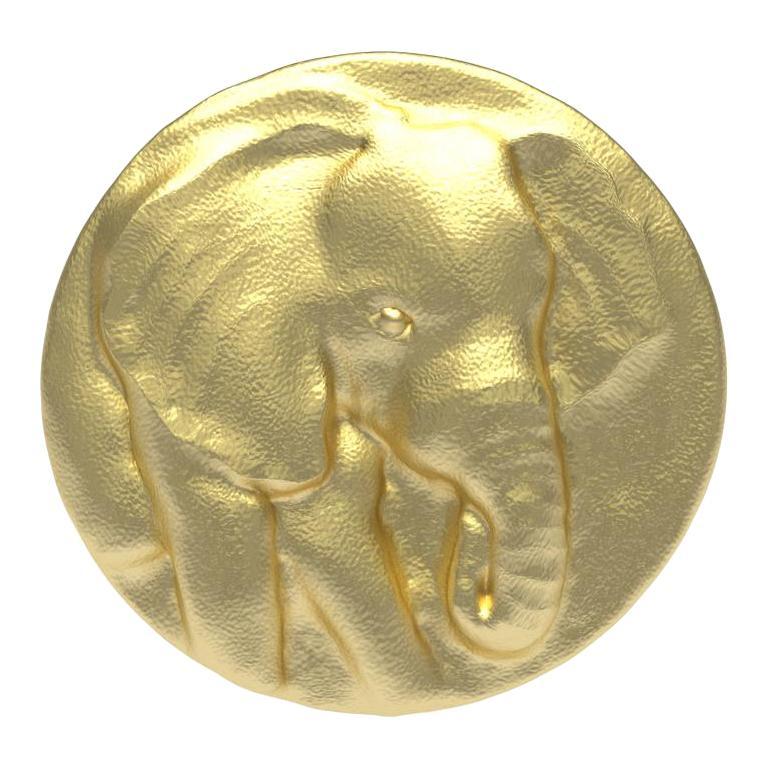 14 Karat Yellow Gold Elephant Signet Ring For Sale