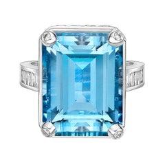 14.0 Carat Santa Maria Aquamarine and Diamond Ring in 18 Karat White Gold
