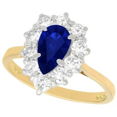 1.40 Carat Sapphire and Diamond Yellow Gold Cluster Ring Vintage, 1976