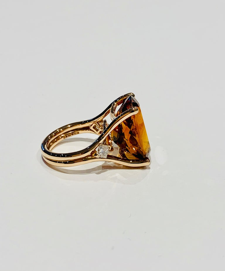 Oval Cut 14.00 ct Oval Madeira Citrine Set with Princess Cut Diamonds in 18ct White Gold For Sale
