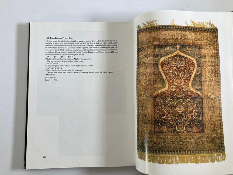 1400 Years of Islamic Art a Descriptive Catalogue Hardcover Book For Sale 7