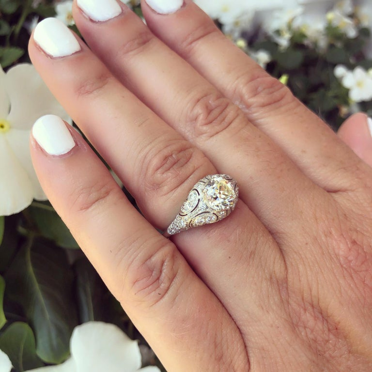Old European Cut 1.41 Carat Old European Diamond and Platinum French Engagement Ring For Sale