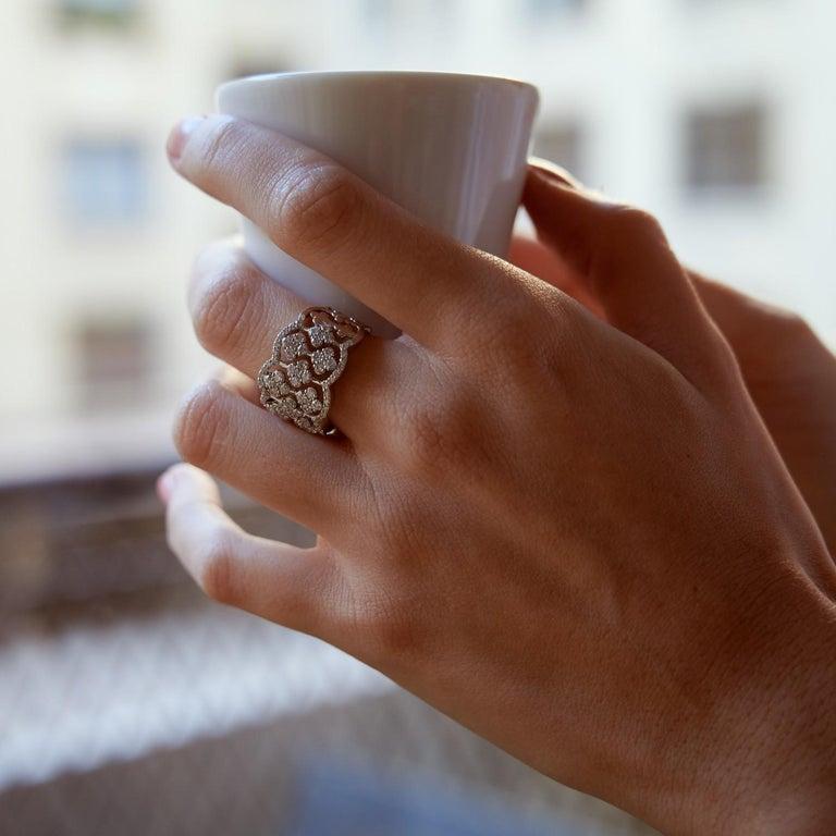 Round Cut 1.42 Carat Round Diamond Clover Ring 18 Karat White Gold Band Ring Fashion Ring