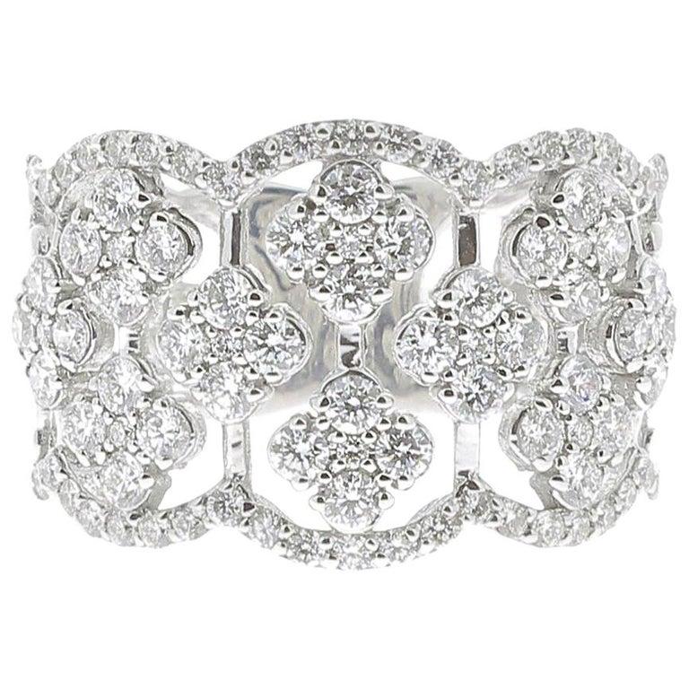 1.42 Carat Round Diamond Clover Ring 18 Karat White Gold Band Ring Fashion Ring