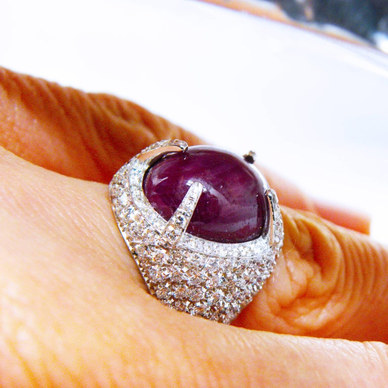 Berca 14.20 Carat Natural Ruby Oval Cabochon White Diamond Cocktail Ring For Sale 7