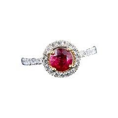 1.43 Ctw Ruby & Diamond Yellow Gold Ring