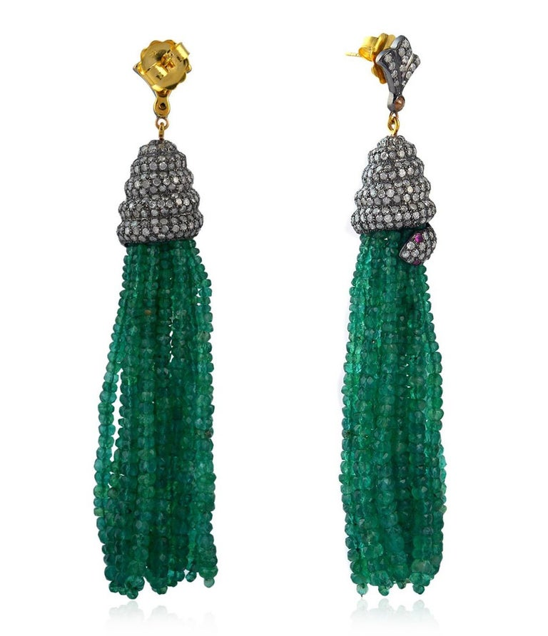 143.75 Carat Emerald Diamond Tassel Snake Earrings In New Condition For Sale In Hoffman Estate, IL