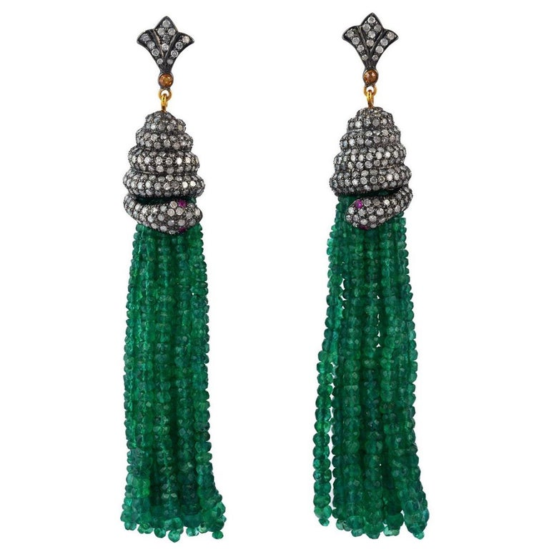 143.75 Carat Emerald Diamond Tassel Snake Earrings For Sale
