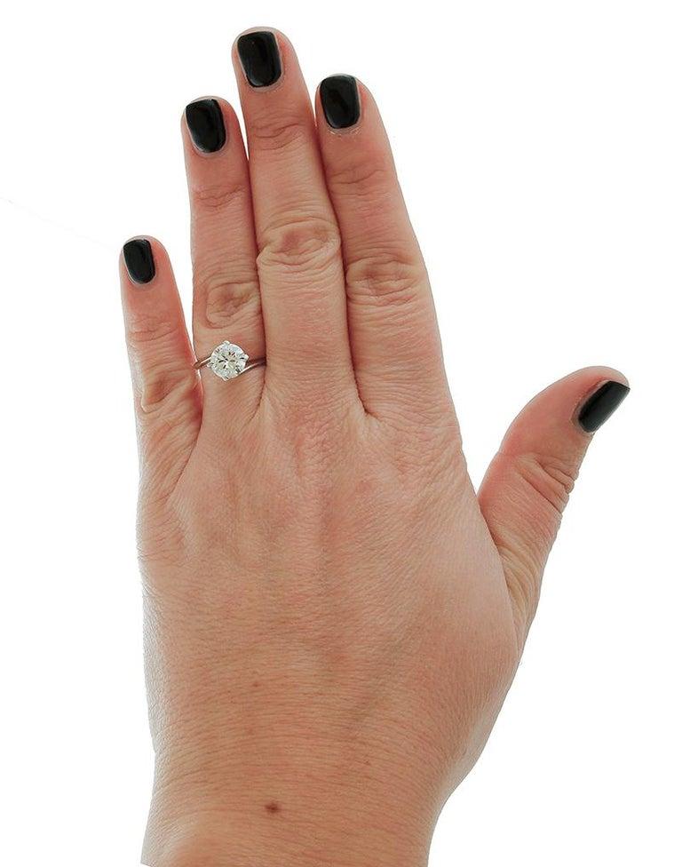 1.43 Carat Diamond, 18 Karat White Gold, Solitaire Ring For Sale 1