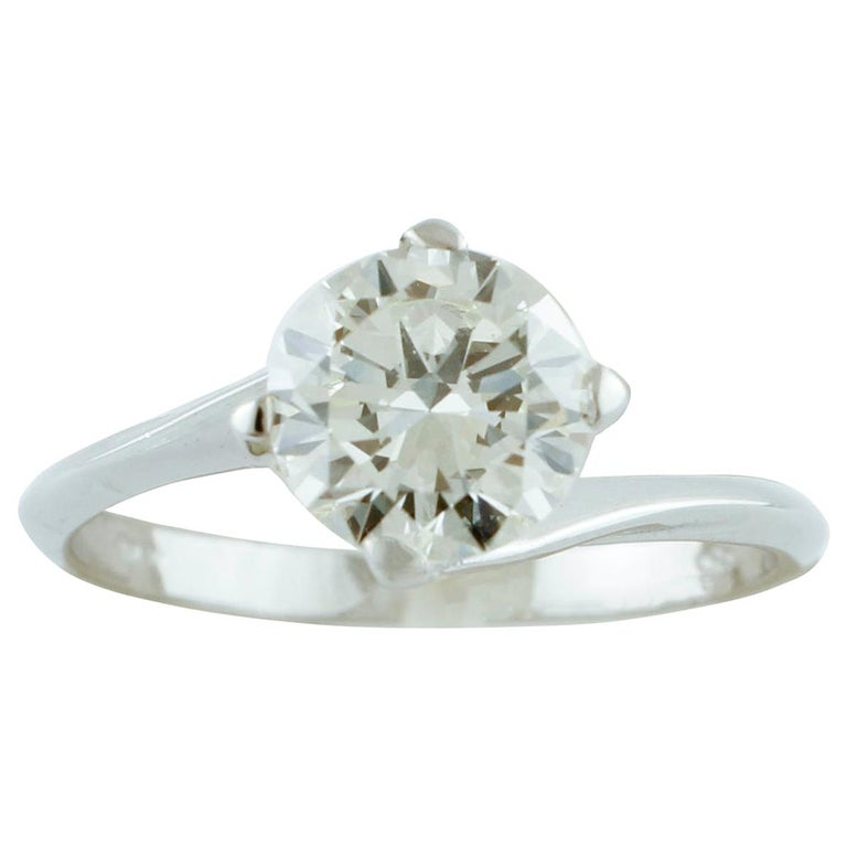 1.43 Carat Diamond, 18 Karat White Gold, Solitaire Ring For Sale