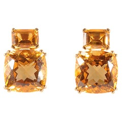 14.40 Carat Citrine 18 Karat Yellow Gold Earrings