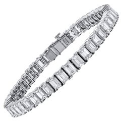 14.49 Carat Emerald Cut Diamond 18 karat White Gold Tennis Bracelet