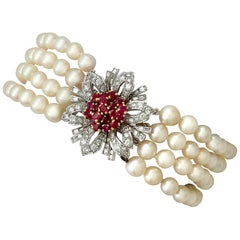 1.45 Carat Ruby and 2.02 Carat Diamond Pearl and White Gold Bracelet