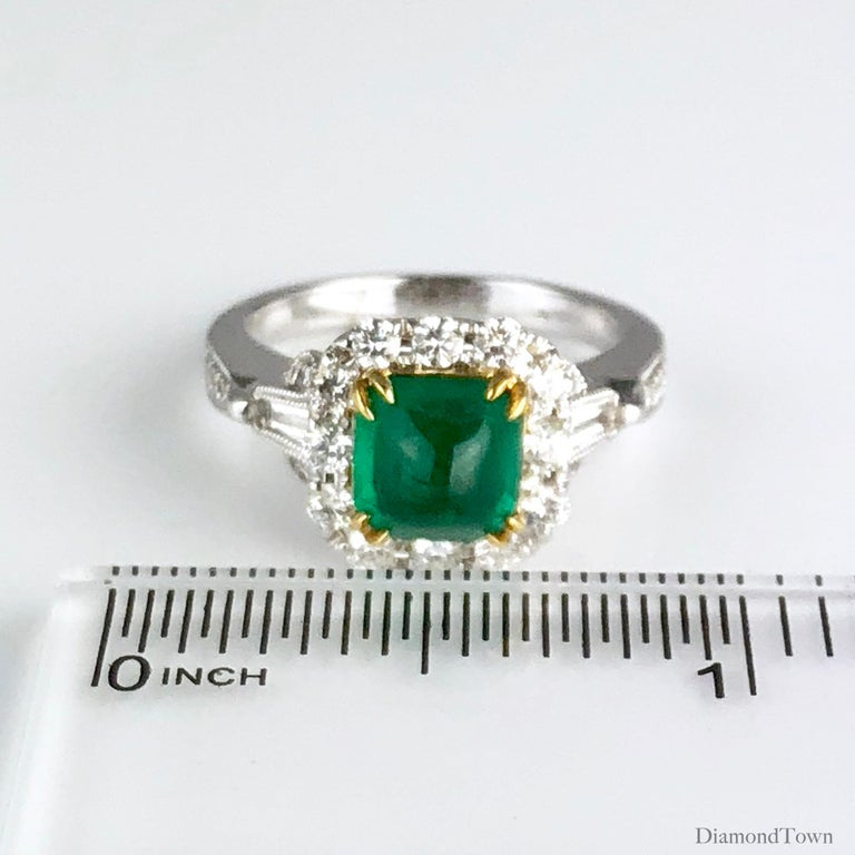 Women's 1.45 Carat Sugarloaf Emerald and Diamond Ring by DiamondTown For Sale