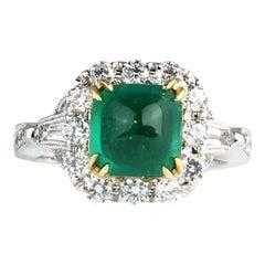 Ring mit 1,45 Karat Kolumbianischem Zuckerhut Smaragd und Diamanten