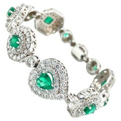 14.50 Carat Emerald and Diamonds Bracelet 18 Karat Gold