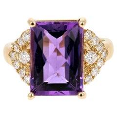 14.60 Carat Natural Amethyst and Diamond 14 Karat Solid Yellow Gold Ring