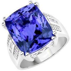 14.64 Carat Genuine Tanzanite and Diamond 18 Karat White Gold Cocktail Ring
