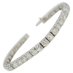 14.67 Carat Antique Old Mine Brilliant Diamond Bracelet in Platinum
