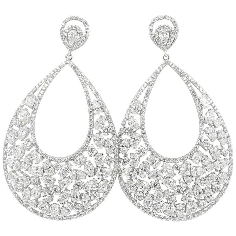 14 67 Carat Diamond Earring 18 Carat White Gold For Sale