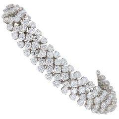 14.80 Carat Diamond Bracelet made in 18 Karat White Gold