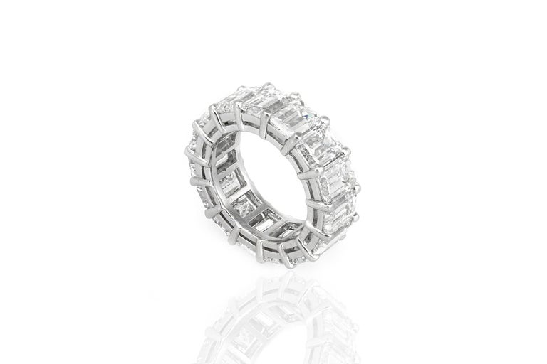 14.96 Carat GIA Emerald Cut Diamond Eternity Band In Excellent Condition For Sale In New York, NY