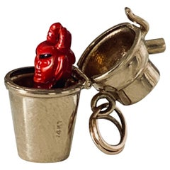 14ct Gold Pop Up Devil Cocktail Shaker Vintage Charm