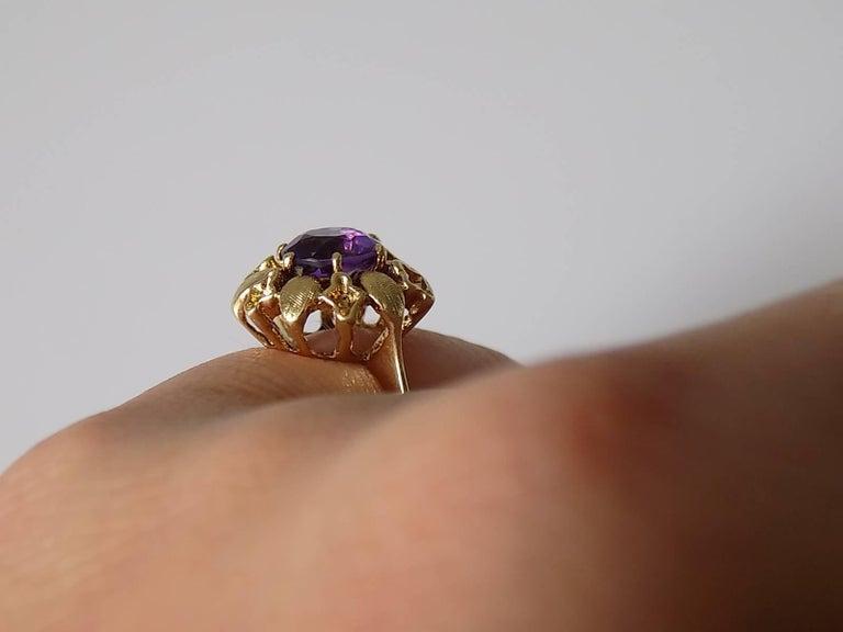 14 Karat Amethyst Gold Solitaire Flower Ring For Sale 2