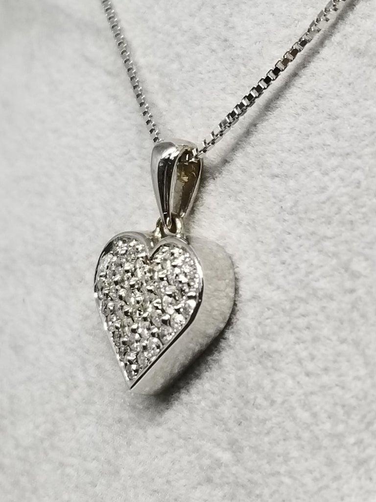 Round Cut 14 Karat Diamond Heart For Sale