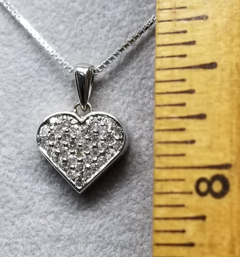 14 Karat Diamond Heart In New Condition For Sale In Los Angeles, CA