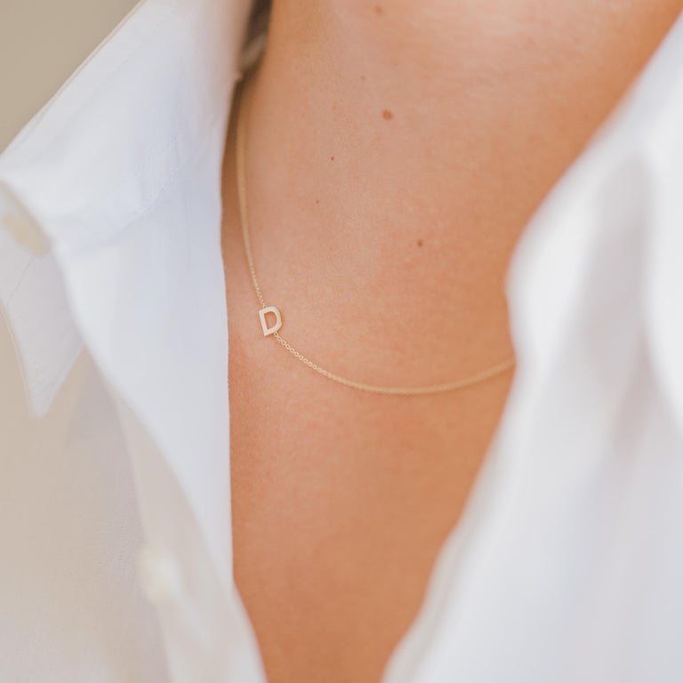 Modernist 14 Karat Gold Asymmetrical Initial Necklace, R For Sale