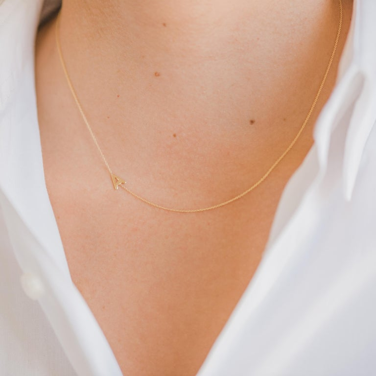 14 Karat Gold Asymmetrical Initial Necklace, R In New Condition For Sale In los angeles, CA
